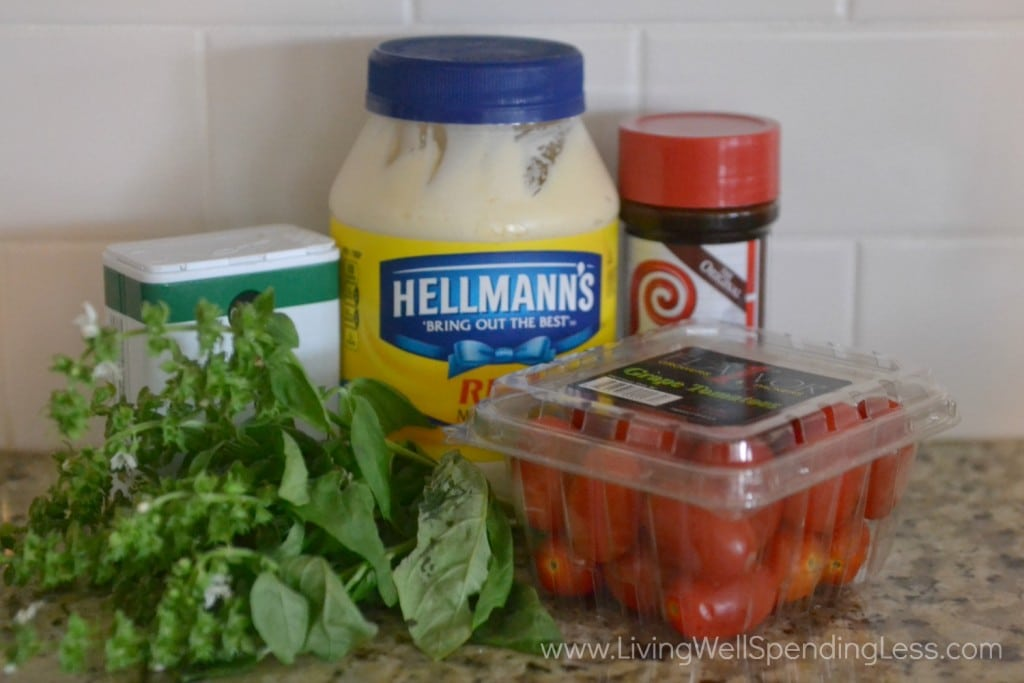 You need just 5 ingredients for this tasty Tomato Basil Mayo!