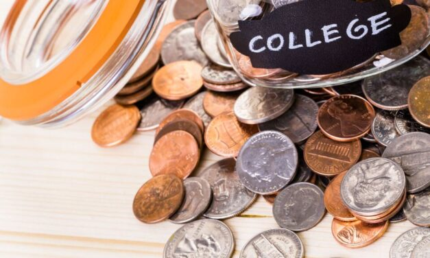 What Every Mom Needs to Know about Paying for College