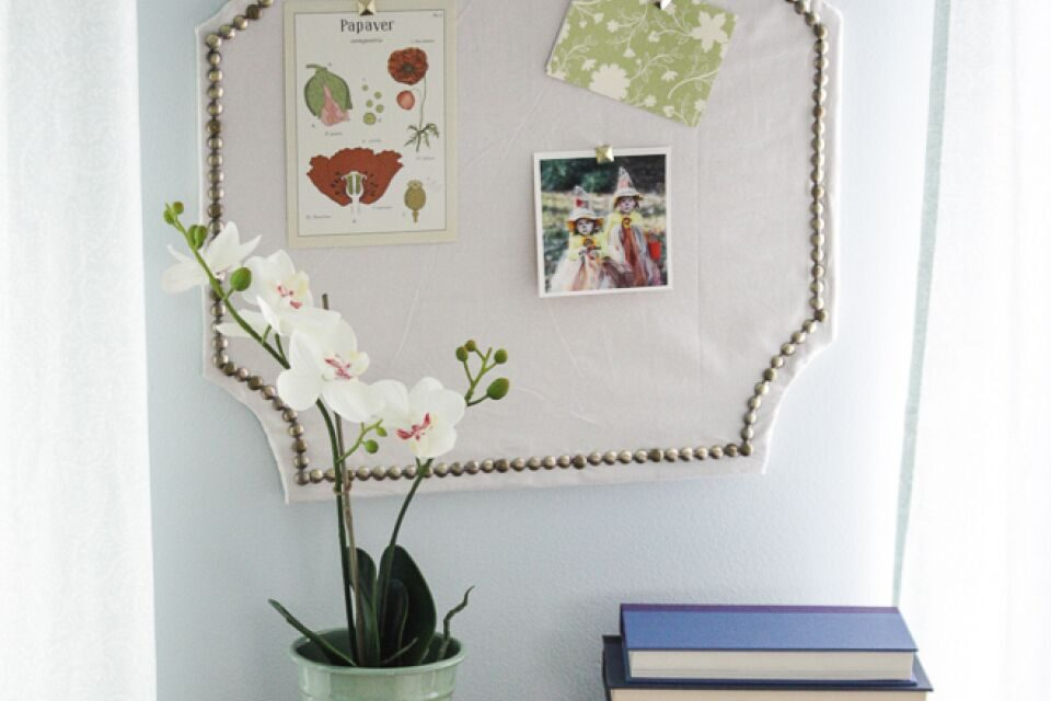 DIY Pottery Barn Knock-Off Pin Board