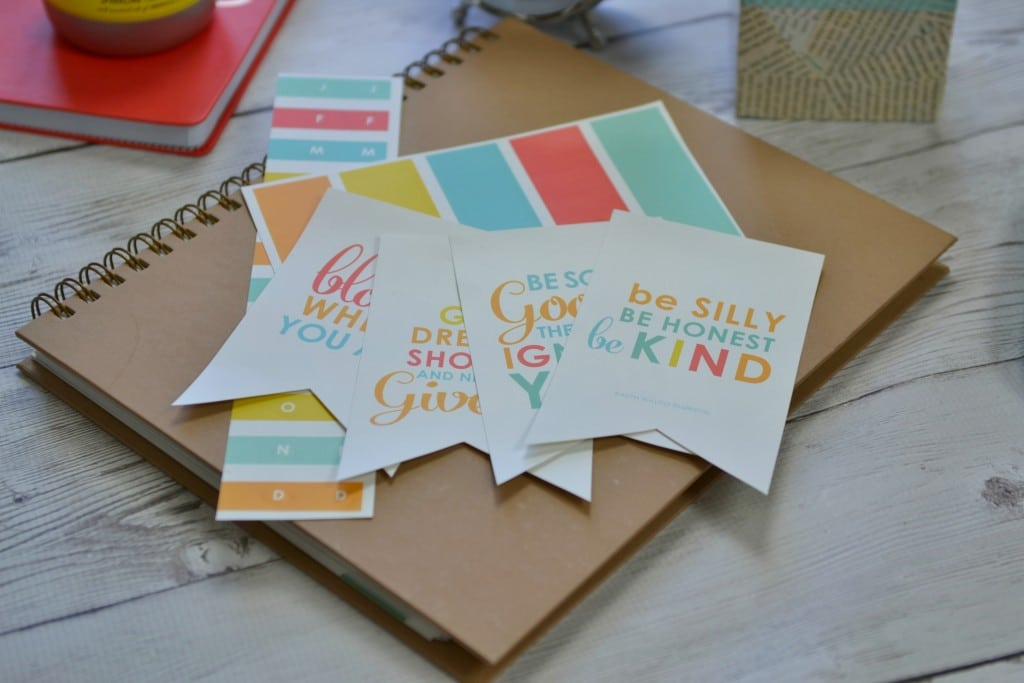 Label Set with Binder
