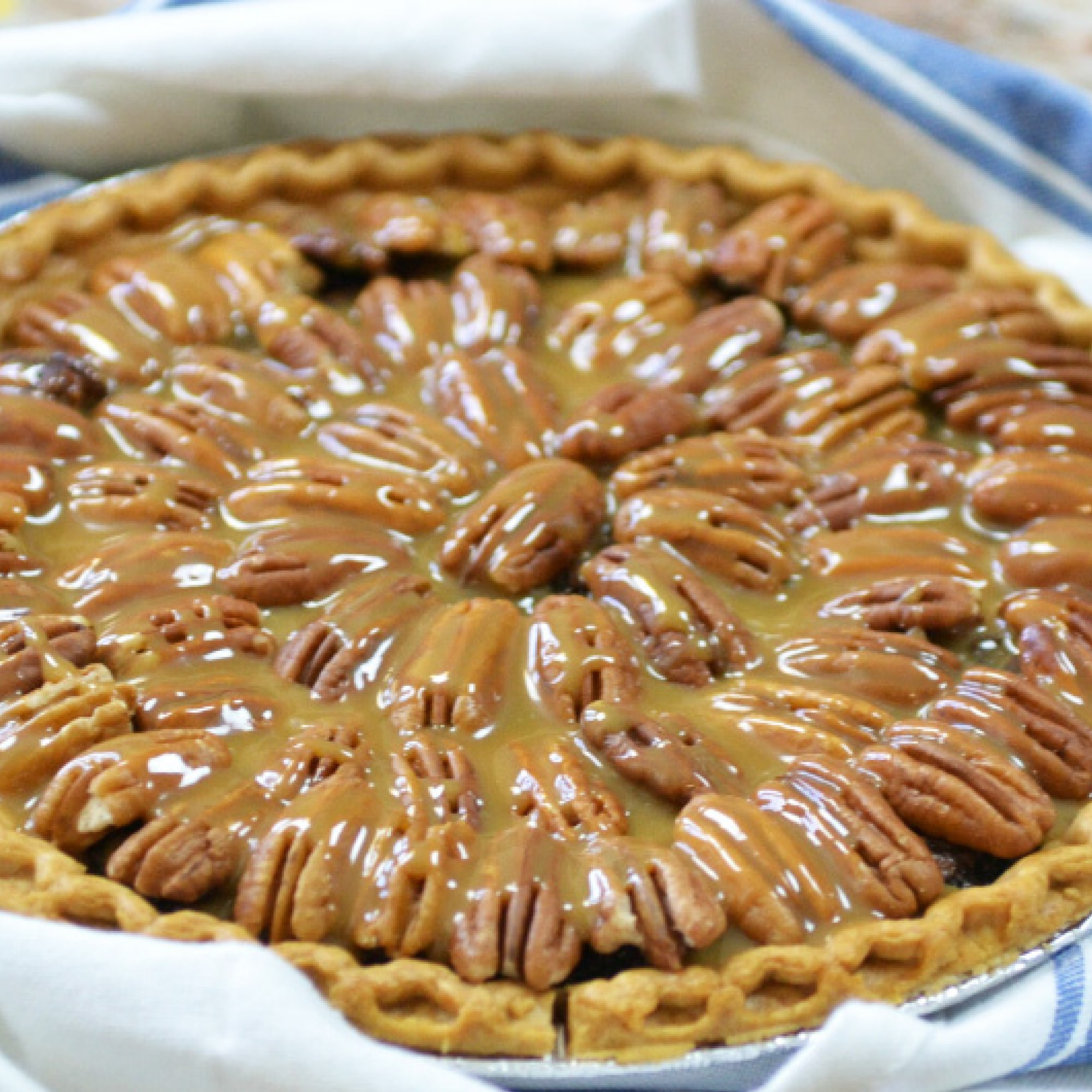 Salted Caramel Pecan Pie Recipe | Holiday Dessert Recipe | Pecan Pie