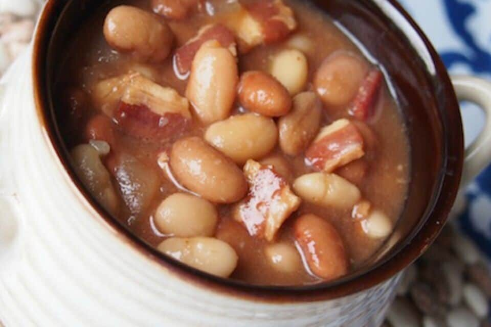 Slow Cooker Bacon & Beans