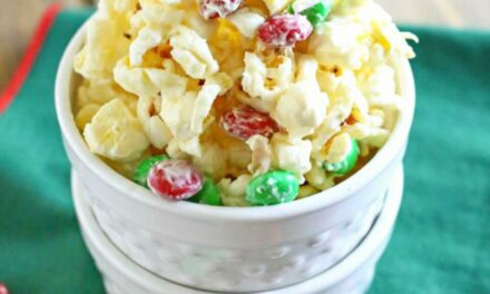 White Chocolate Holiday Popcorn