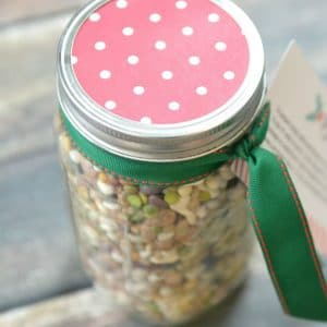 15 Bean Soup Jar Gift | DIY Holiday Soup | Easy Homemade Gift Idea | Soup in a Jar | Mason Jar Recipes