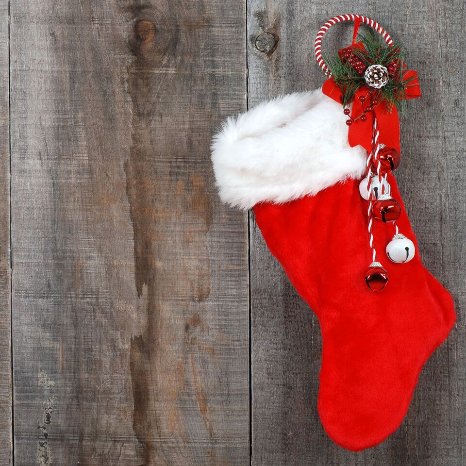 Still need to fill those Christmas stockings without busting your budget? While those last minute impulse buys can be hard on the wallet, there are a few places to score some great deals.  Don't miss this helpful post for some practical ideas for where to find stocking stuffers without breaking the bank!