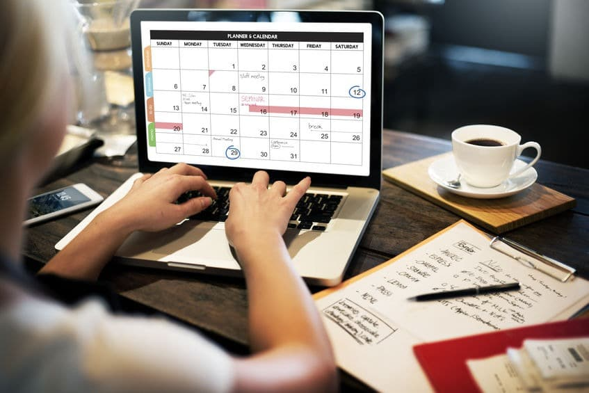 Use an online calendar to keep track of your schedule and appointments.