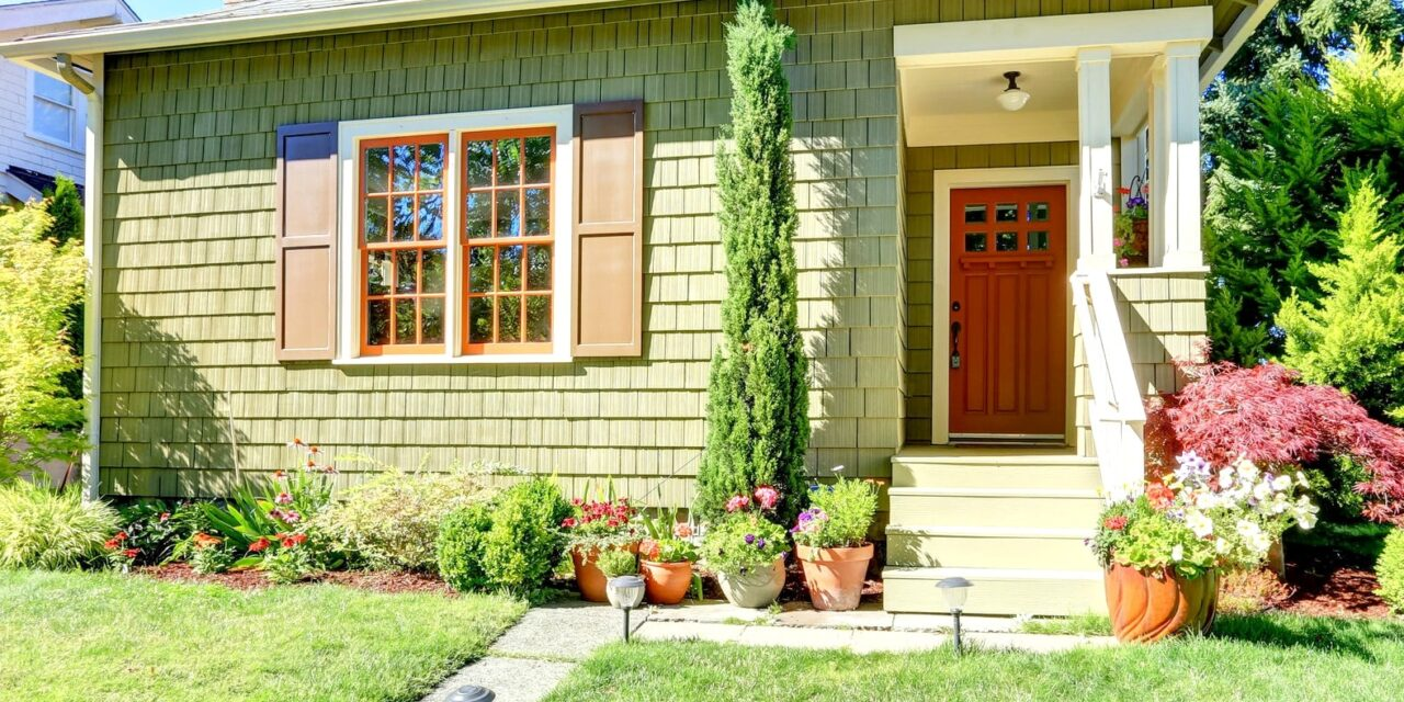 5 Big Benefits of Living in a Small House
