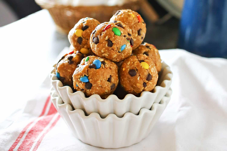 No Bake M&M Cookie Balls | Easy No-Bake Recipe | Easy Peanut Butter M&M Truffless | NO-BAKE M&M COOKIE BITES