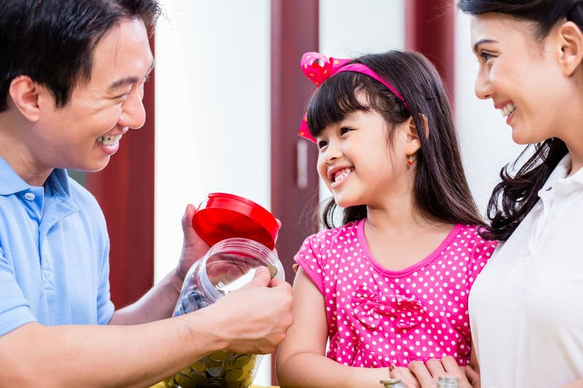 Teach your child to have a healthy relationship with money by modeling that behavior to them!