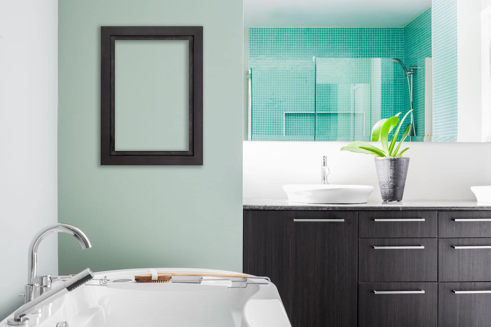 A clean and sleek bathroom is sophisticated and elegant.