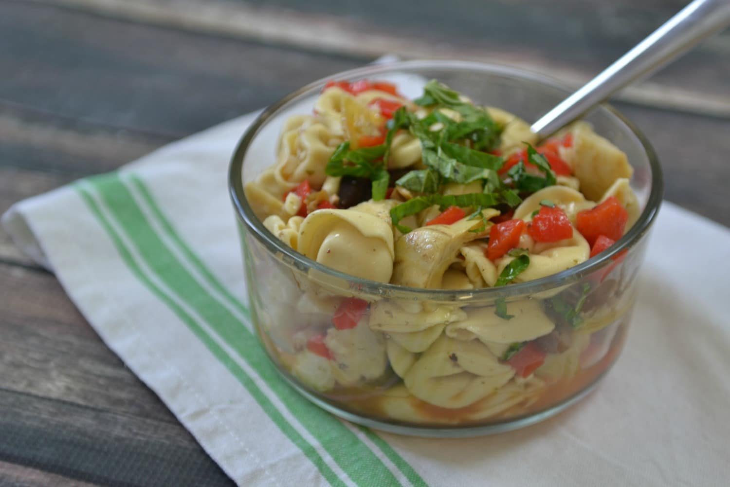 Tortellini Salad | 5 Ingredients or Less | Meatless Meals | Side Dishes | Snacks & Starters