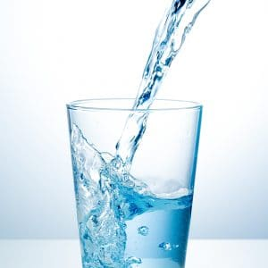 Are you drinking enough water? Believe it or not, the benefits of water go far beyond hydration, and if you're not taking advantage of them, you are missing out! Don't miss these eight good reasons to drink more water, as well as a few smart ideas for sneaking more water into your day!