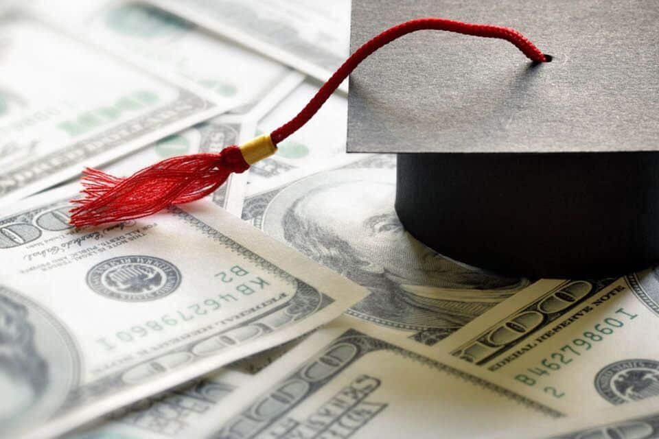 6 Money Tips Every College Student Needs