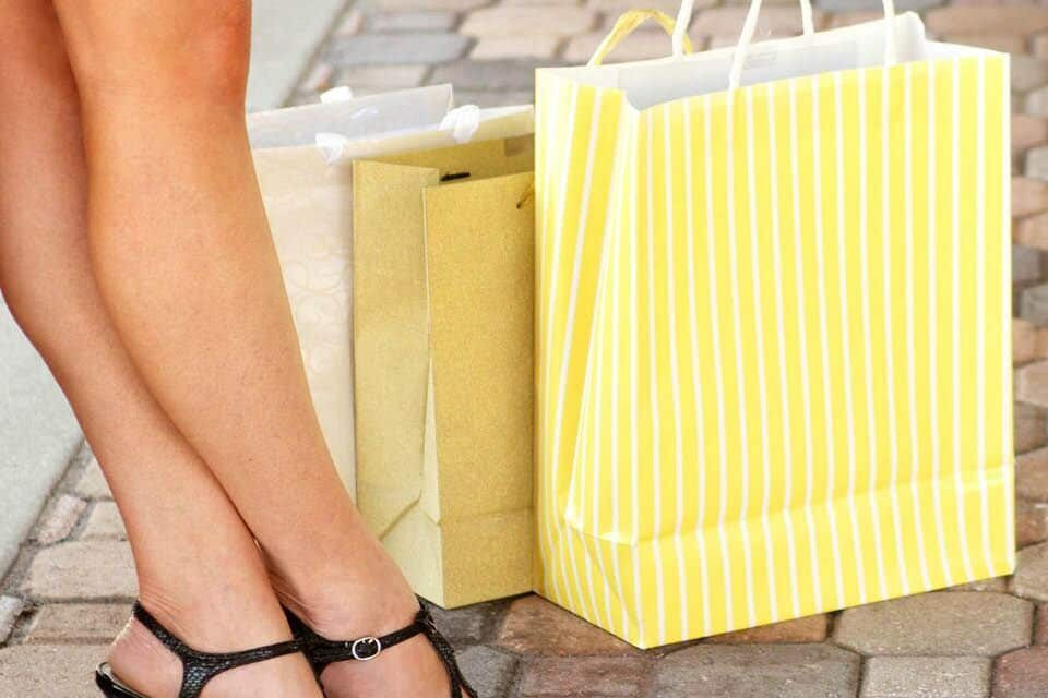 8 Sneaky Retail Traps (& how to avoid them)