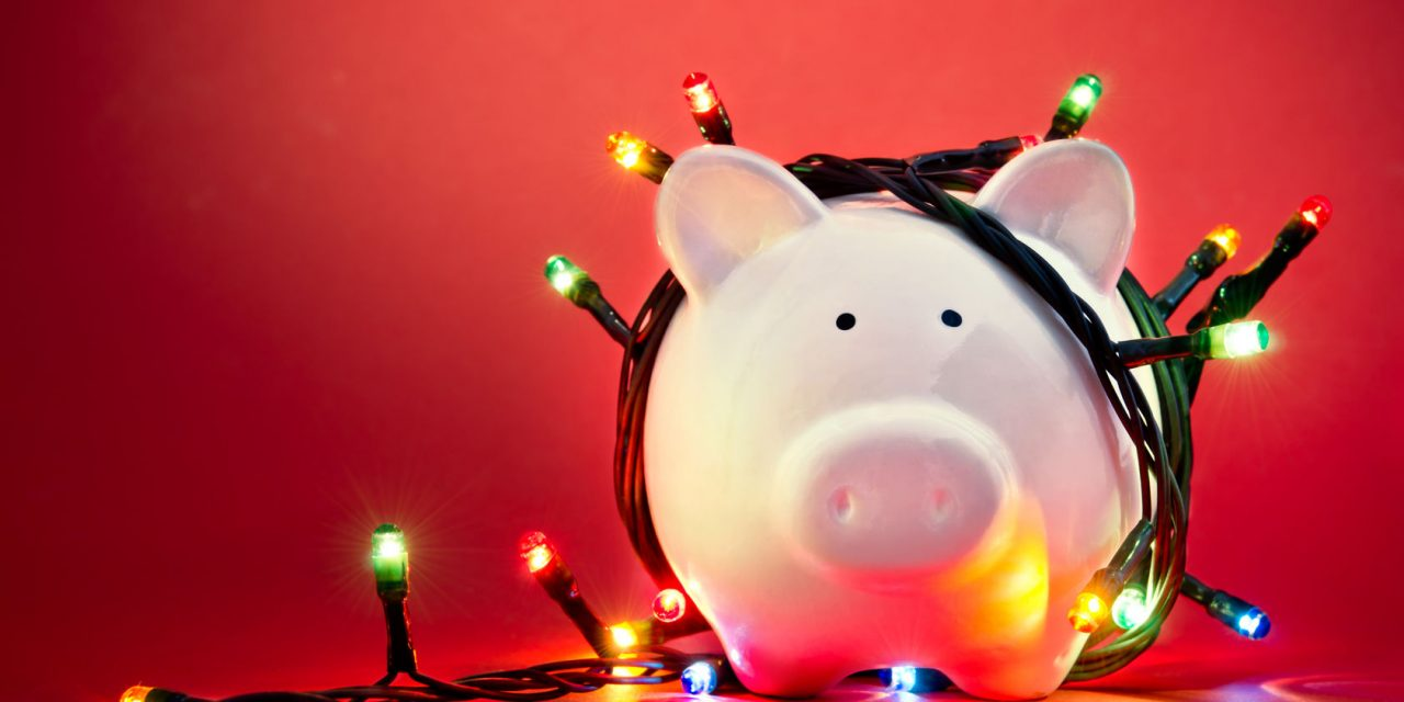 7 Smart Ways to Save on Holiday Parties