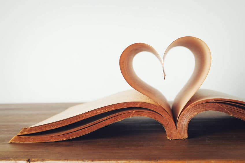 37497886 - the book of love, vintage