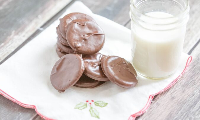 Chocolate mint cookies- 3 ingredients