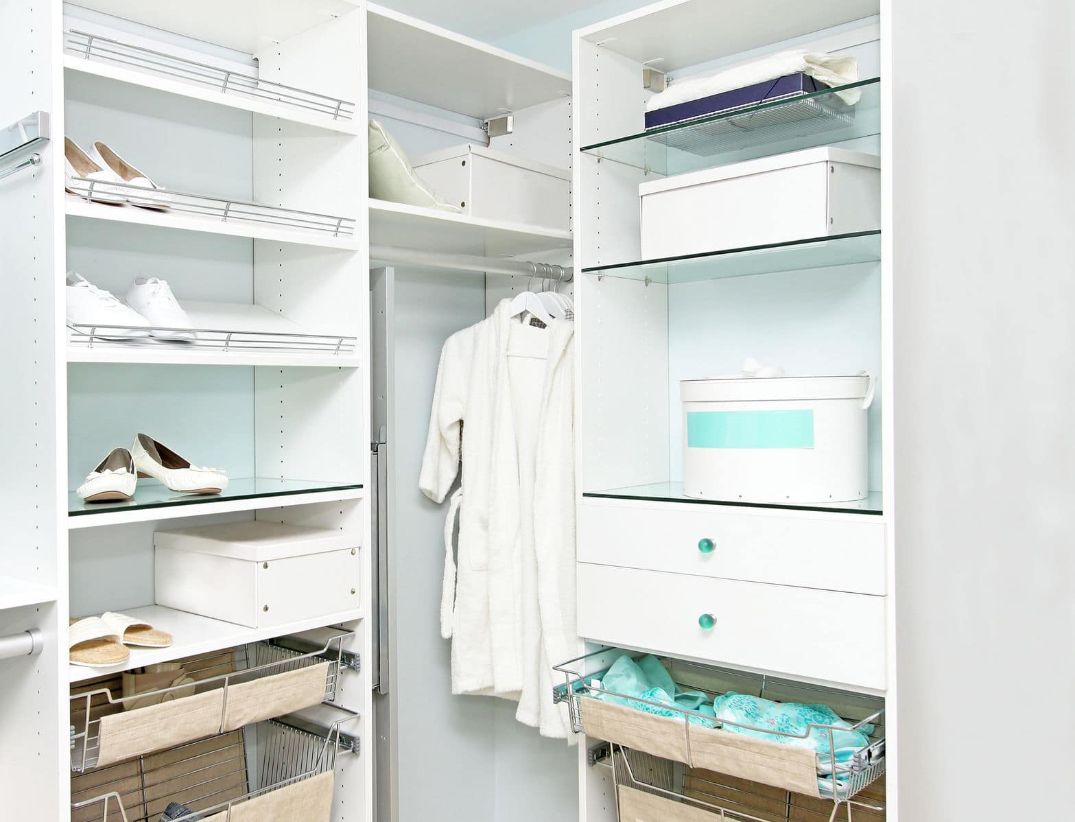 What's better than an organized closet? Decluttering your closet gives you more space, more organization, and more control over your clutter.