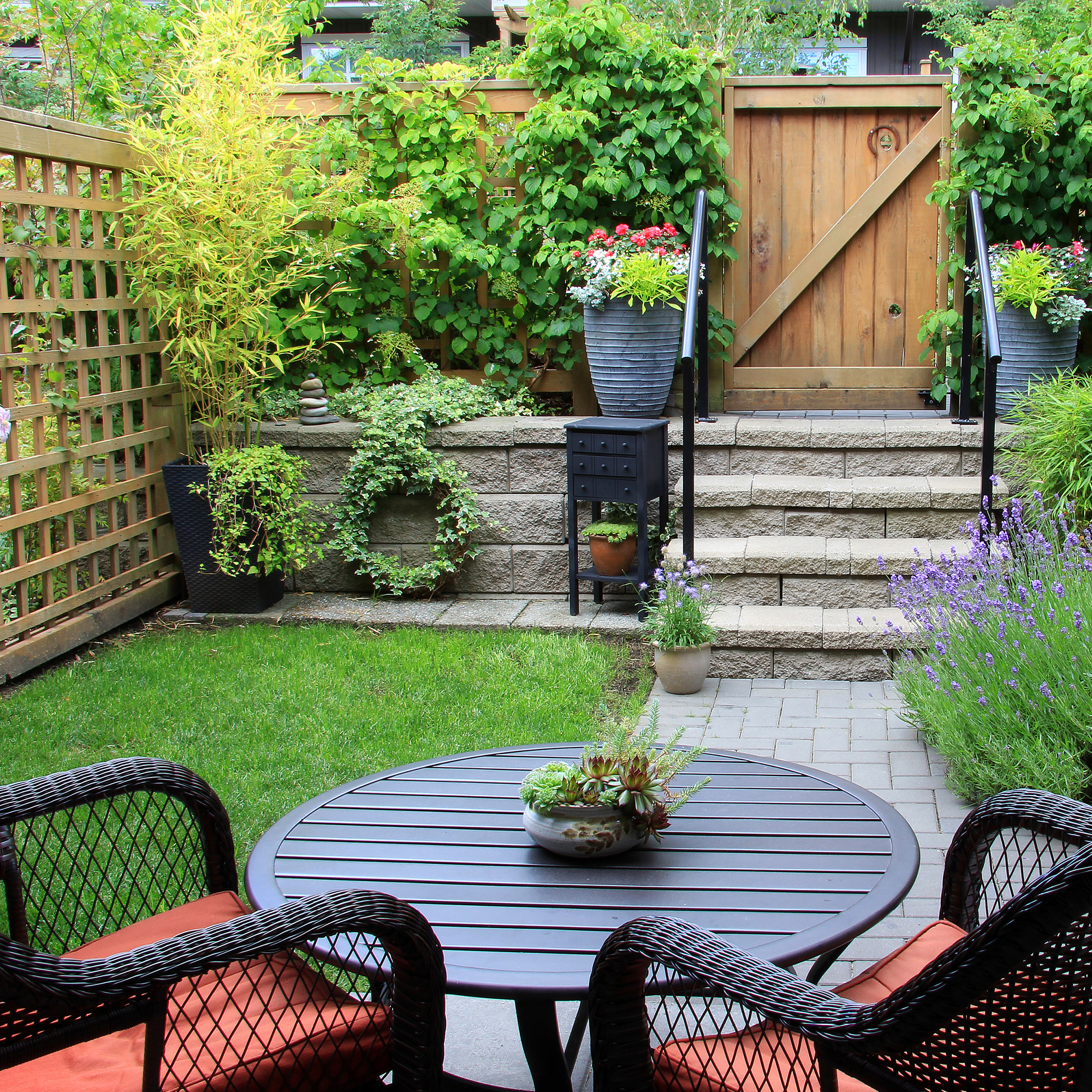 Spruce Up Your Yard Patio