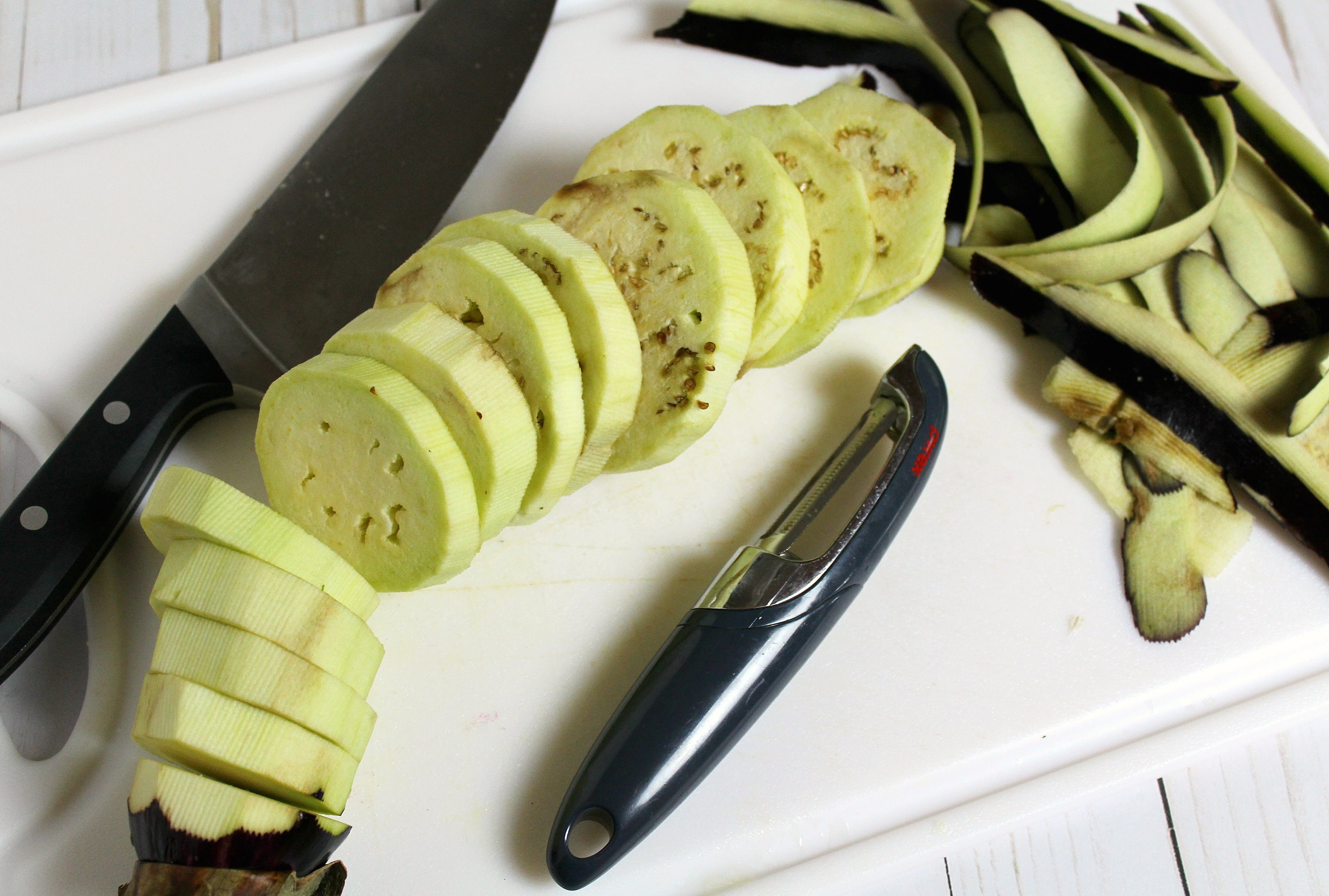 Peel the eggplant and cut into thick slices.