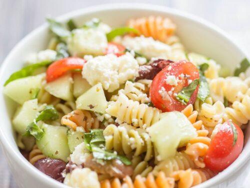 Simple Greek Pasta Salad