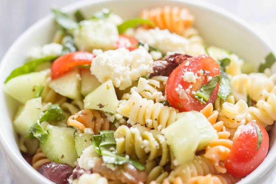 Simple Greek Pasta Salad