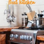 Kitchen Basics | Life Tips | How to Set Up a Kitchen | First Kitchen Must Haves | Home 101 via @lwsl