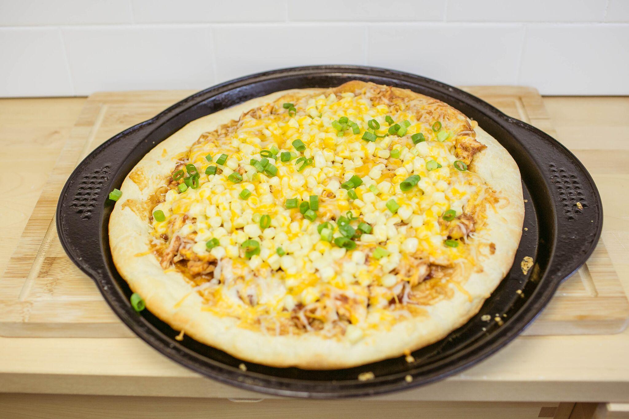 Easy Barbecue Pizza