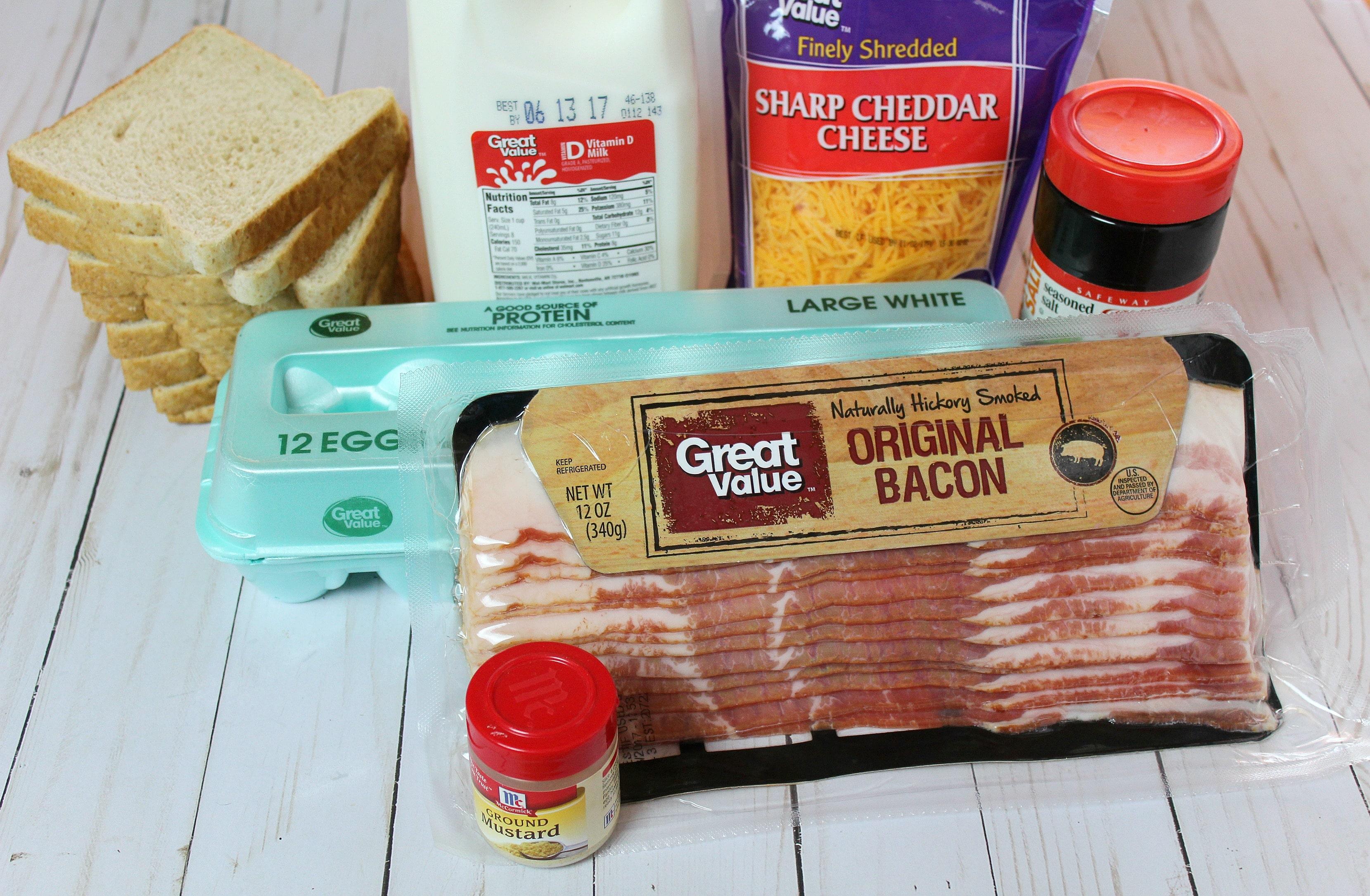 Easy Breakfast Casserole ingredients.