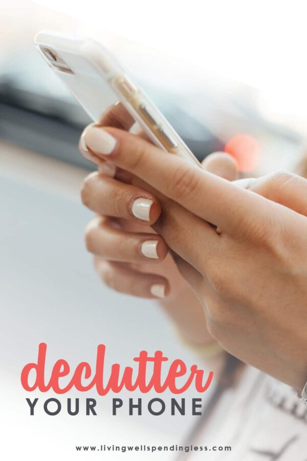 Having trouble finding apps on your phone when you need it? Always running out of memory? Sometimes our screens become overcrowded and keep us from the efficiency and connection smartphones were made for. We've got 10 tips for you today to declutter your phone and reclaim some of your sanity. #smartphone #declutteryourphone #phonetips #smartphonetips #organization #technology #decluttering #declutteringtips
