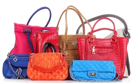 When selecting a new purse choose the best option to meet your daily life needs.