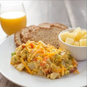 Fresh Veggie Scramble⎢Fast and Healthy Breakfast Recipe⎢Egg Recipe⎢Breakfast Food⎢Food Made Simple⎢Brunch Recipe