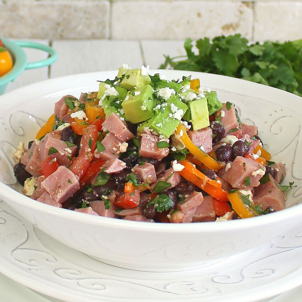 How to make a salad with ham and beans