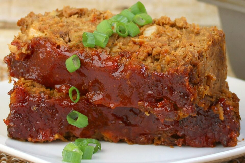 Easy Vegetarian Meatloaf