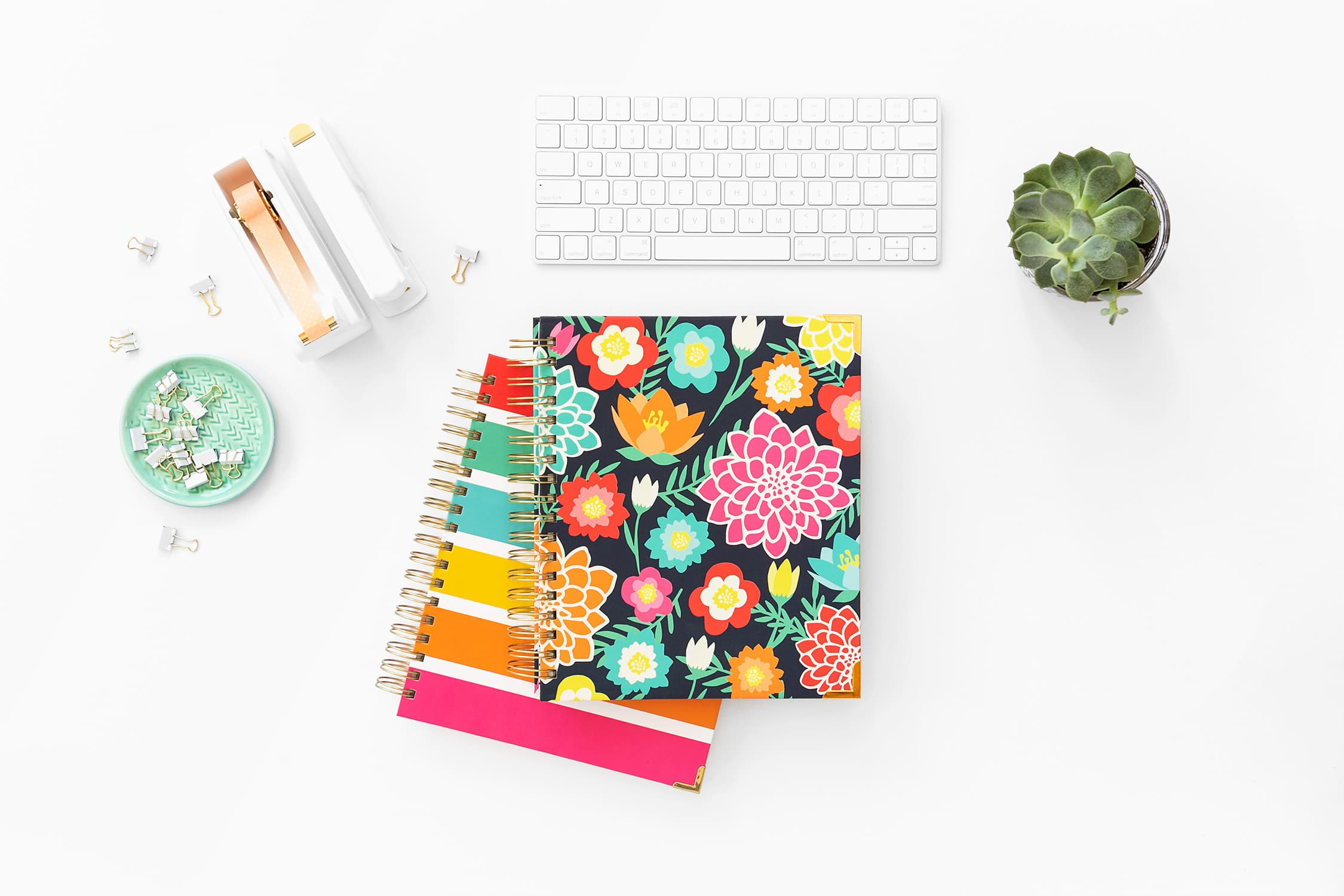 Are you ready to set goals and achieve them? The Living Well Planner is your best tool