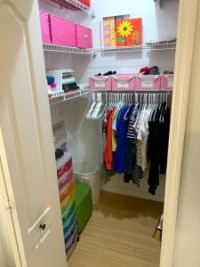 After of Maggie's closet. Ever feel like your mess has gotten to the point of no return? It might be time to get some help with all that decluttering! Don't miss these three surprising lessons from hiring a professional organizer. Decluttering | Organizing | Hiring a Professional Organizer | Marie Kondo