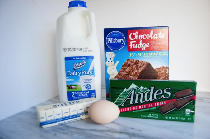 Ingredients for mint brownie cookies.