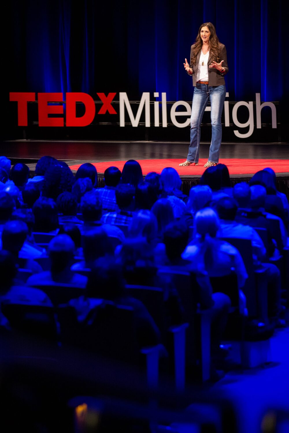 Author of Do It Scared book and a the podcast of the same name, Ruth Soukup breaks down how fear might be holding you back and how to take charge of it and make your fear work for you! #doitscared #tedxmilehigh