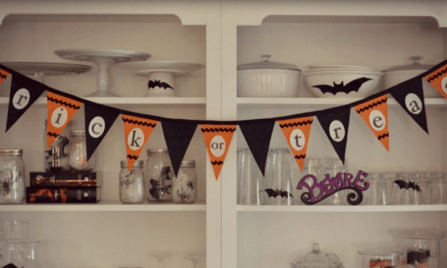 Pottery Barn Inspired No-Sew Halloween Bunting